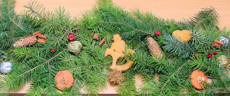 Minden Kedves Olvasónknak békés karácsonyt és sikeres új évet kíván a MOKK csapata!