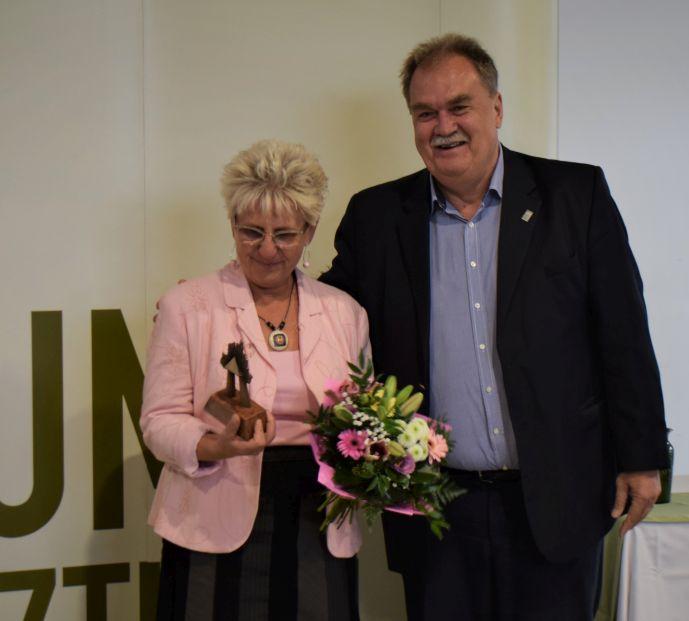 Kustánné Hegyi Füstös Ilona kapta a Múzeumpedagógiai Életműdíjat 2019-ben
